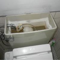 部品の破損による止水不良からの漏水